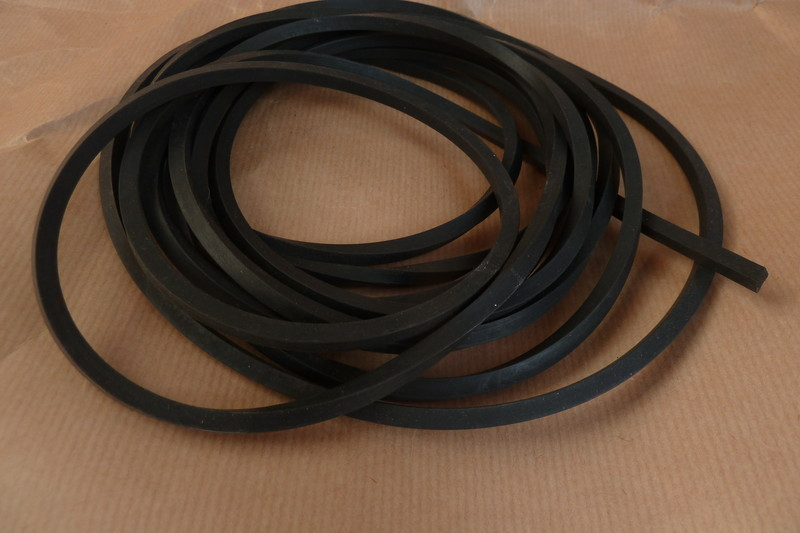 elastique carr noir pour lance pierre caoutchouc carr gris les 3 cannes. Black Bedroom Furniture Sets. Home Design Ideas
